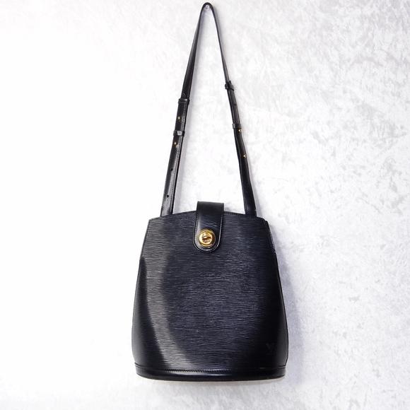 Louis Vuitton Epi Cluny Leather Shoulder Bag Black 617e776260bf4